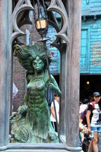Mermaid Fountain at Diagon Alley
