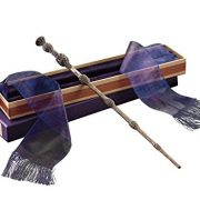 Dumbledores-Wand-with-Ollivanders-Box-0